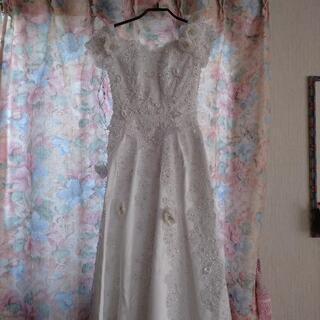 激レア 美品  ウェディングドレス サイズは7号~9号
