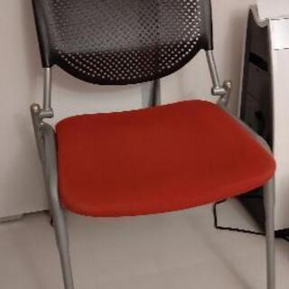 座りごごちよいオフィスチェア