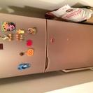 シャープの冷蔵庫140l差し上げます