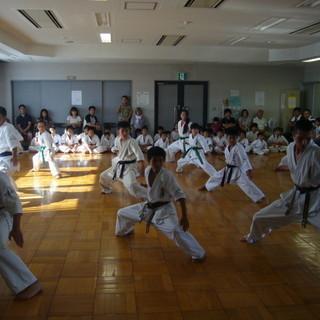 国際福祉空手道連盟 拳成館、生徒募集! - 教室・スクール