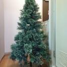 約150センチ クリスマスツリー 松ぼっくり付き  交渉可能です♪