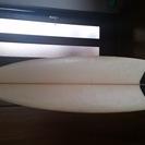 サーフボード&ウェットスーツ&リーシュコード