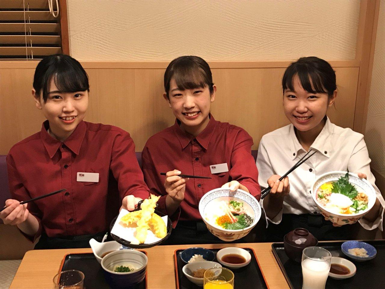 【食事付き】(1)厨房/キッチン [ア][パ] (2)皿洗い/洗い...